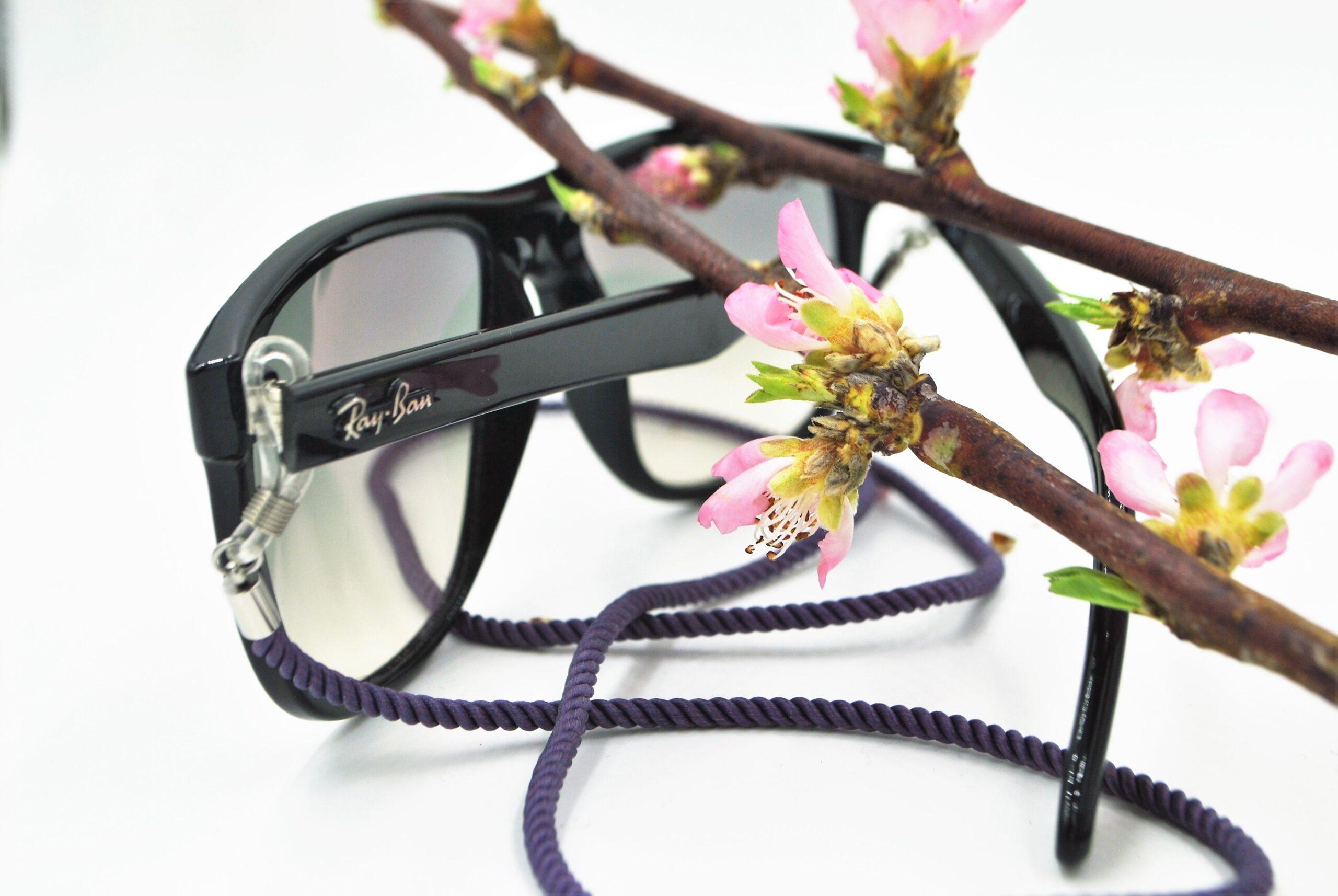 Glasögon accessoar – glasögonsnöre